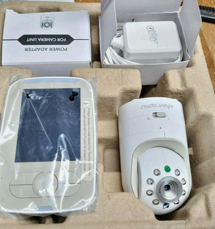 Infant Optics Video Baby Monitor DXR-8 *Very good plug