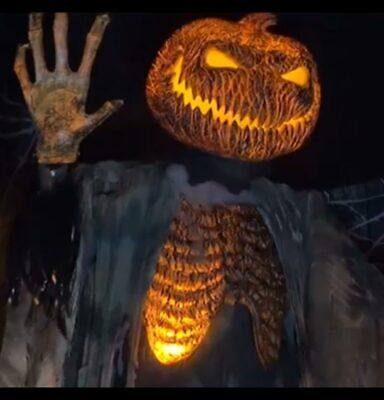 Life Size Animated SCORCHED SCARECROW with FOGGER Halloween Haunted House Prop - Scarecrow Prop
