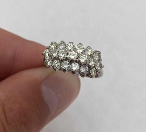 18ct Gold 1.90ct Diamond Large Heavy Cluster Ring 18K 750.