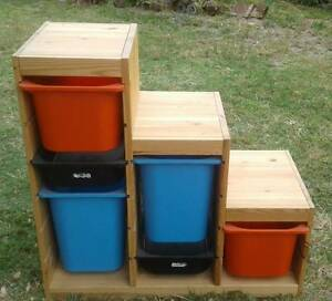 Ikea timber TOYBOX with 6 plastic tubs Sandringham Bayside Area Preview
