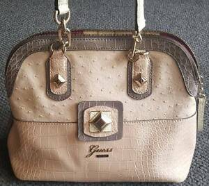 Guess Bag excellent condition Watson North Canberra Preview