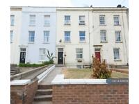 2 bedroom flat in Sussex Place, Bristol, BS2 (2 bed)