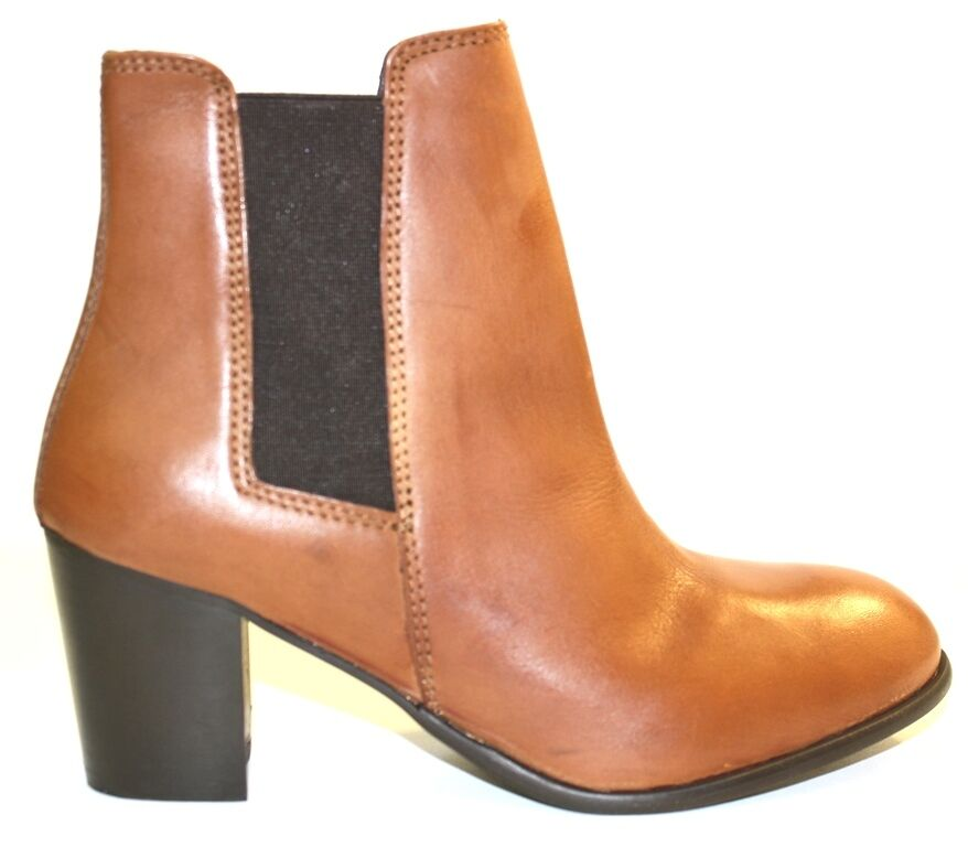 Women's Shoes DIBA True For Real Life ART WORK Short Boots Elastic Gores COGNAC