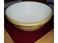 Extra large and a traditional vintage T.G.Green gripstand mixing bowl. 33cm/13inch diameter