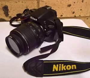 Nikon D5100 Digital SLR and Nikon DX Telezoom Lens Leumeah Campbelltown Area Preview