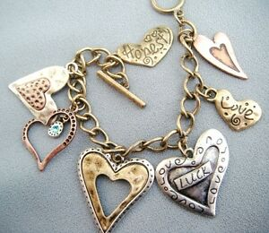 Antique-Inspired-3-tone-Heart-Charm-Toggle-Bracelet-Strong-Lightweight-Chain-7