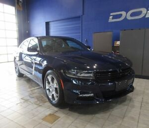 2016 Dodge Charger SXT w/HEATED SEATS,SUNROOF,NAV