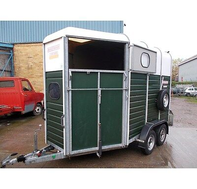 Find a selection of used and new horse trailers for sale on Horse Deals