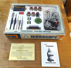 VINTAGE , 1970's CREATIVE SCIENCE MICROSCOPE LAB 750X ZOOM