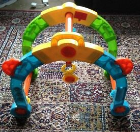 BABY FLOOR ACTIVITY TOY & V TECH ELECTRONIC BABY WALKER