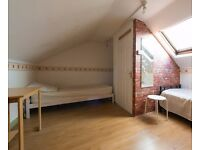 Twin Beds in Room with twin beds to rent in a 6-bedroom house in Seven Sisters