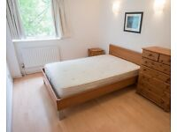 Double Bed in Rooms to rent in comfortable 3-bedroom flat in multicultural Bethnal Green