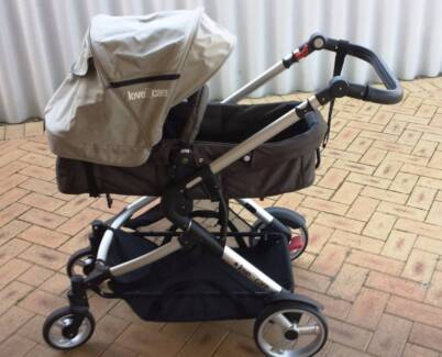 Pram / bassinet in good condition Ashfield Bassendean Area Preview