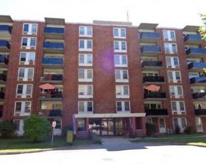 Waterfront Bachelor, 1 & 2 Bedroom Suites. *First Month Free*