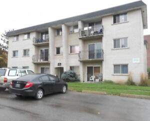 35 Mowat - 2 Bedroom Apartment for Rent