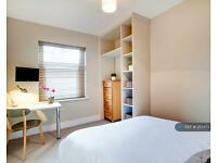 5 bedroom house in Emmanuel Street, Preston , PR1 (5 bed)