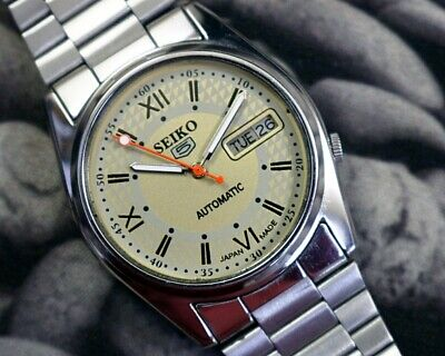 SEIKO 5 AUTOMATIC CAL.7009 MEN'S JAPAN REFURBISHED USED OLD VINTAGE WATCH 200112