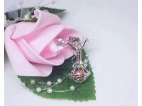 silver pendants and pearl party jewellery