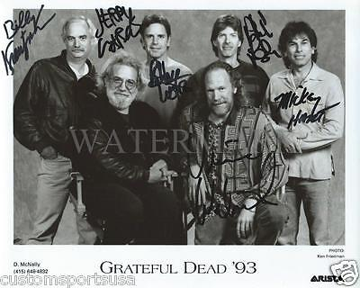 REPRINT - GRATEFUL DEAD Jerry Garcia Signed 8 x 10 Glossy Photo Poster RP
