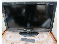 "Panasonic 32"" LCD TV with Remote TX-L32X20B"
