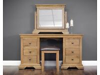 Ex-display**Solid chunky oak dressing table with mirror and stool NOW ONLY £350