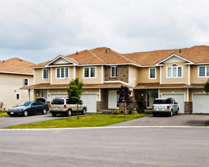 TOWNHOME FOR RENT AT JENNIFER COURT KINGSTON  AVAIL:1ST OCT 2019