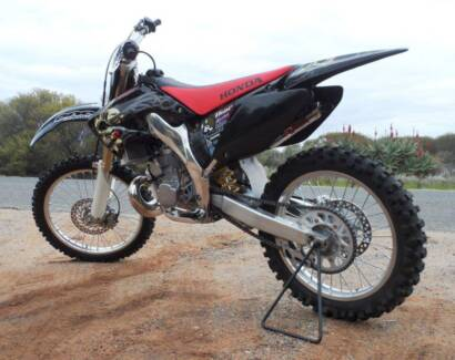 Honda 2005 cr250r Winkie Berri Area Preview