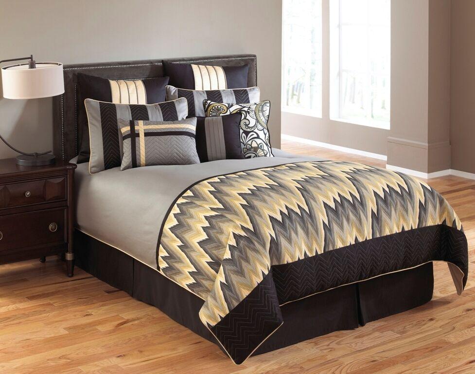 CLEARANCE - 10 Piece Hallmart King Comforter Set - Silver Gr