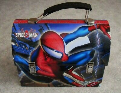 2009-NEW / OLD STOCK-SPIDERMAN TIN CARRY ALL / LUNCH BOX-TOY CARRIER-BEAUTY (X)
