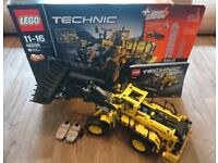 Lego Technic 42030, Volvo L350F Wheel loader