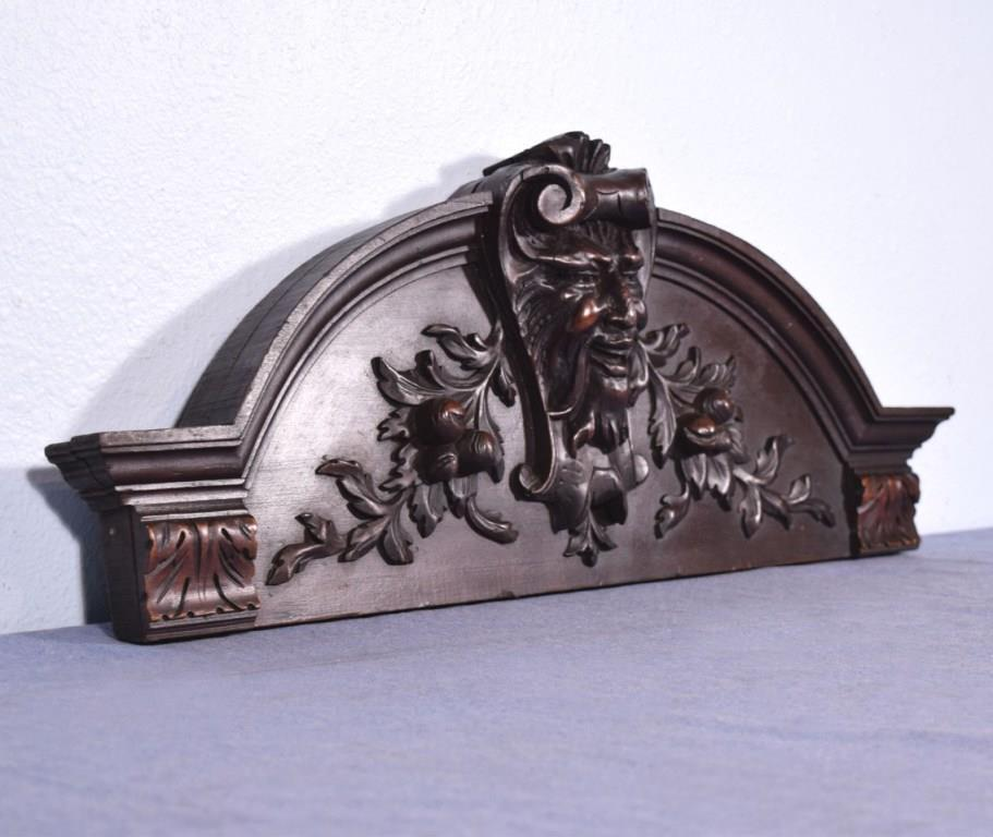 """*27"""" French Antique Pediment/Crest in Walnut Wood with a Man's Face/Jester"""