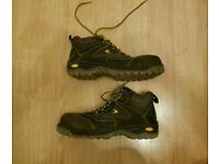 Safety boots (Cofra) -- 10 UK / 44 EU (LIKE NEW)