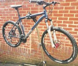 Voodoo Bantu Hydraulic Brake Aluminium Lock Suspension Bike