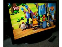 """42"""" LCD TV FULL HD BUILT IN FREEVIEW EXCELLENT CONDITION REMOTE CONTROL HDMI FULLY WORKING"""