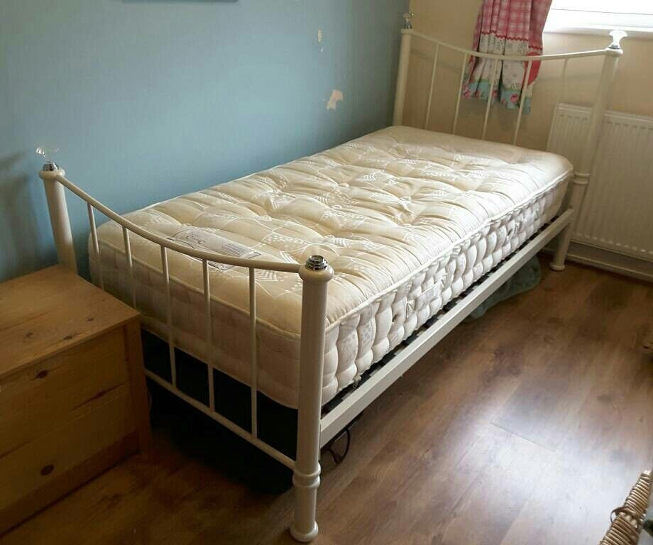 Single bed (cream metal and sprung mattress)