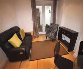 A beautifully finished TWO double apartment situated inPrimrose Hill