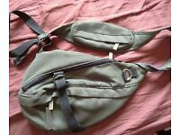 Dockers shoulder bag