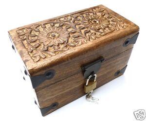 coffre en bois bo te en bois rectangulaire avec cadenas 20x12x13 cm ebay. Black Bedroom Furniture Sets. Home Design Ideas
