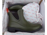 Womens Swims Dora Boots Size 5 Uk,,in Hunter green