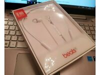 beats by dr. dre beats x brand new unopened white colour wireless Bluetooth