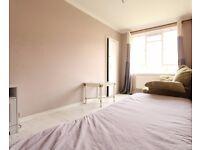 Rooms to rent in elegant 4-bedroom flatshare - City of Westminster
