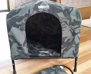 Houndhouse, medium size, as new, with heat pad Eastwood Ryde Area Preview