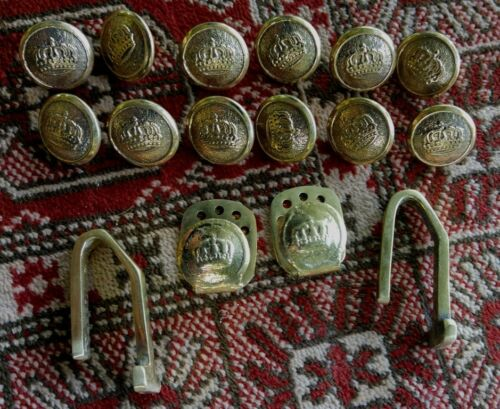 German  WW1 German  1910 Tunic button and belt hook set brass