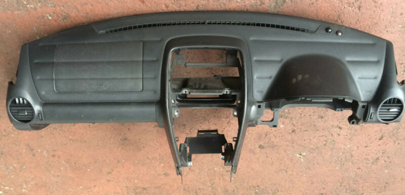 LEXUS IS200 2.0 2003 GENUINE DASHBOARD WITH PASSENGER A/BAG