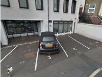 Parking Space in Putney Bridge, SW6, London (SP44836)