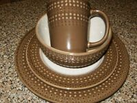 DENBY 16 PIECE DINNER SET MOCHA