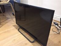 Technika 32in Slim HD LED TV with Freeview Built In