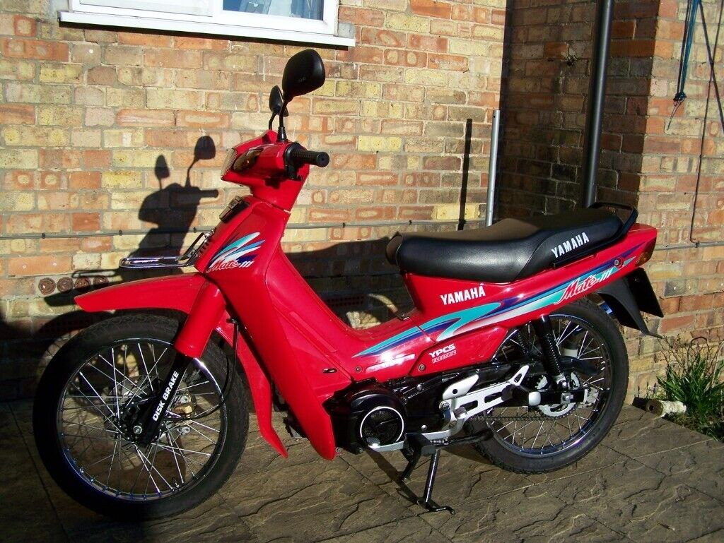 AS NEW YAMAHA 11O CC MOTOR SCOOTER 21 YEAR OLD BARN, FIND FULL YEARS MOT  |  in Stowmarket, Suffolk | Gumtree