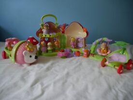 ELC Happyland Toadstool House & Wobble Along Hedgehog playset