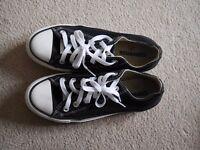 Converse shoes [Size 5/38]